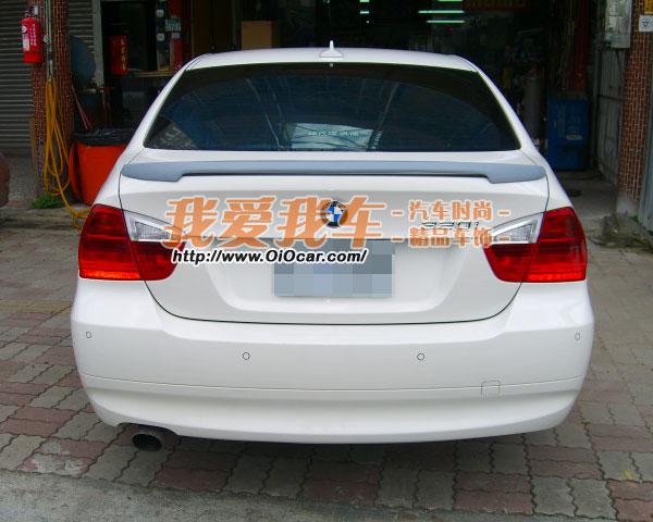 bmw宝马e90 华晨宝马新3系 m tech款立式改装尾翼高清图片